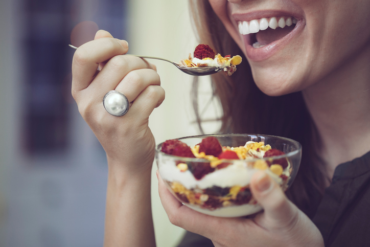 The best things to eat and drink for strong and healthy teeth