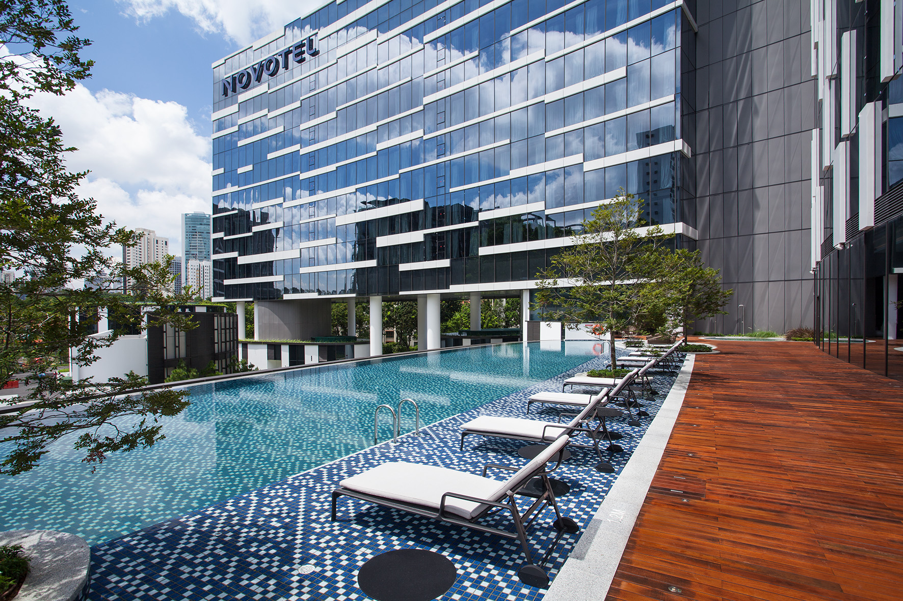 10% discount at Novotel Singapore on Stevens with online booking